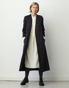 Match a longline structured coat with the Alfie One sturctured square bag. http://alfiedouglas.com/collections/alfie-one/products/alfie-one-square-black?utm_content=bufferbe75a&utm_medium=social&utm_source=pinterest.com&utm_campaign=buffer