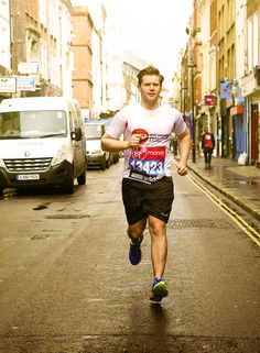 Allen Leech making running sexy again Beautiful Men, Beautiful People, Allen Leech, Downton Abbey Movie, Man Crush, How To Raise Money, A Good Man, Favorite Tv Shows, Movies And Tv Shows