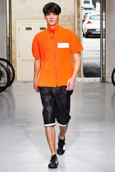 Issey Miyake Spring 2013 Menswear Fashion Show