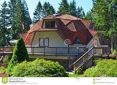 Het Geodetische Huis Van De Koepel - Downloaden van meer dan 43 Miljoen hoge kwaliteit stock foto's, Beelden, Vectoren. Schrijf vandaag GRATIS in. Afbeelding: 20628217