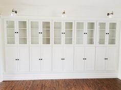 Weg met lege muren die niet bijdragen aan de functionaliteit van je huis en vul ze in plaats daarvan met Billy boekenkasten. Dit trucje geeft je huis een luxe en georganiseerde uitstraling.  Zie meer op Avery Street Design »   -Cosmopolitan.nl