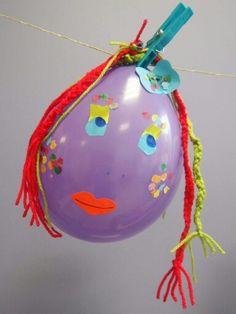 Een ballon versieren (carnaval)