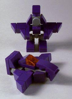 Robot Lego, Lego Bots, Lego Rubiks Cube, Easy Lego Creations, Lego Memes, Lego Transformers, Lego Custom Minifigures, Lego Creative, Micro Lego