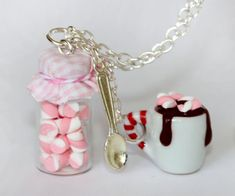 Candy Jar collar - Hot Cocoa colgante - collar de botella - Kawaii - Hot Chocolate colgante - comida de Navidad miniatura-