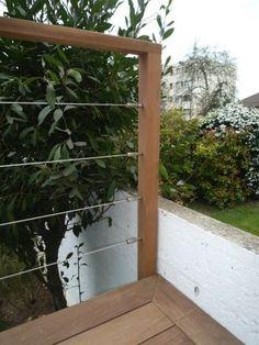 Garde-corps en bois avec cables inox