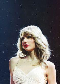 Always look enchanting. Taylor Swift Fan, Swift 3, Taylor Alison Swift, Bae, Ethel Kennedy, Swift Facts, Red Tour, Thats The Way, Celebs