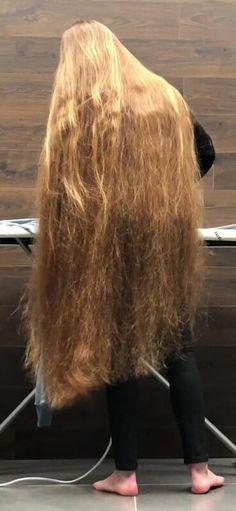Very Long Hair, Beautiful Long Hair, Rapunzel, Blonde Hair, Long Hair Styles, Celebrities, Beauty, Long Hair Girls, Boy Hair
