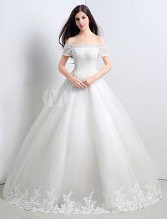 Robe de mariée princesse satin ivoire dentelle Avec traîne