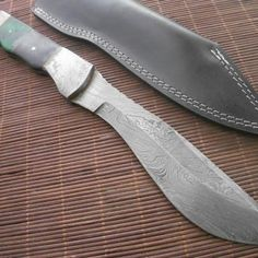 Beautiful Kukri Knife Made Of Damascus Steel with Leather Case Leather Handle, Leather Case, The Forger, Collector Knives, Knife Making Tools, Trench Knife, Self Defense Tips, Best Pocket Knife, Hard Metal