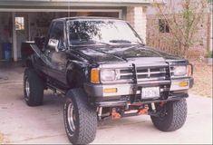 1987 Black Toyota 4X4