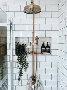 Home Decor Scandinavian ///.Home Decor Scandinavian /// Bathroom Interior Design, Interior Design Living Room, Living Room Decor, Interior Decorating, Decorating Ideas, Modern Interior, Modern Decor, Decorating Websites, Decor Room
