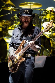 💣🆘️🔥🎸👅👍👍👍👍Lemmy of Motörheard Woodstock, Hard Rock, Lemmy Kilmister, Danger Girl, Dark Pictures, Dark Pics, Guitar Tattoo, Metal Tattoo, Tribute