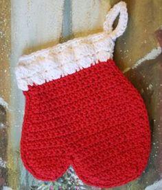 Mitten Potholder | Crochet Pattern | YouCanMakeThis.com
