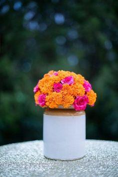 Looking for Rustic mehendi decor pickle jar with flowers? Browse of latest bridal photos, lehenga & jewelry designs, decor ideas, etc. on WedMeGood Gallery. Diwali Decorations, Indian Wedding Decorations, Flower Decorations, Indian Weddings, Housewarming Decorations, Mehendi Decor Ideas, Mehndi Decor, Home Wedding, Diy Wedding
