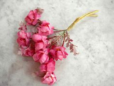 Vintage 1950's millinery flowertrim 9 pink blossoms + leaves wrapped wire stem