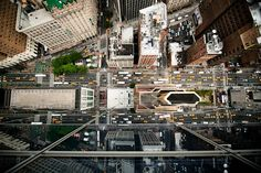 NYC from up high. why didn't I think of this? http://www.navidbaraty.com/gallery.php?gallery_id=13#