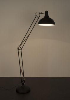 Lilianshouse Vloerlamp Office Zwart - Design meubelen & verlichting | Altijd SALE | Korting vanaf 2 stuks | Zuiver