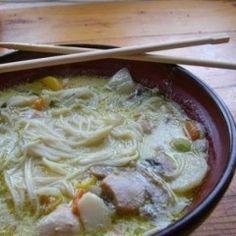 Thai curry-s zöldségleves csirkehússal Wok, Cheeseburger Chowder, Thai Red Curry, Paleo, Meat, Chicken, Ethnic Recipes, Drinks, Drinking