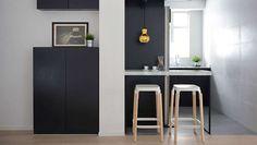 Cuisine semi-ouverte noire blanche et grise design