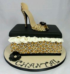 Leopard heel and leopard box cake