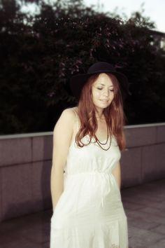 www.reservedforruby.com White Dress, Beauty, Dresses, Fashion, Vestidos, Moda, White Dress Outfit, Fashion Styles, Cosmetology