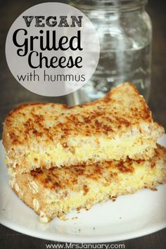 Grilled cheese for vegans? Yes, it is possible – and absolutely delicious! To make this sandwich even more delicious, add some hummus with your cheese. Yum!