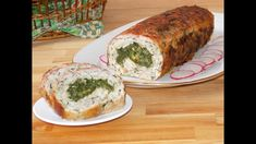 Spinach and cheese stuffed meatloaf (Rulada de carne cu spanac si cascaval) Frozen Spinach, Spinach And Cheese, Meatloaf With Breadcrumbs, Cheese Stuffed Meatloaf, Hush Puppies Recipe, New Recipes, Cooking Recipes, Meat Loaf, Delicious Sandwiches