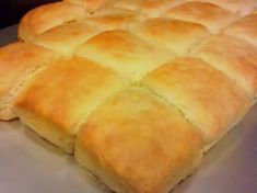 Jess's Perfect Buttermilk Biscuit Recipe (pics) - The Best of Chappy's Homemade Everything - BabyCenter Homemade Biscuits Recipe, Biscuit Recipe, Homemade Breads, Buttermilk Recipes, Buttermilk Biscuits, Easy Biscuits, Scones, Baking Recipes, Dessert Recipes