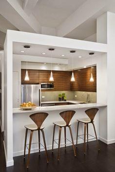 Cocina abierta en blano y madera / + de 30 cocinas modernas pequeñas llenas de inspiración