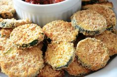 Gluten Free, Dairy Free, Oven Fried Zucchini with Homemade Pizza Sauce Gluten Free Appetizers, Recipes Appetizers And Snacks, Veggie Recipes, Real Food Recipes, Zucchini Appetizers, Yummy Food, Oven Fried Zucchini, Healthy Oatmeal Breakfast, Football Snacks