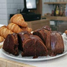 Tarta sedosa de chocolate - Mis Dulces Joyas Macarons, Nutella Milkshake, Thanksgiving Parties, Meringue, Yummy Cakes, Deli, Chocolate Cake, Brownies, Cheesecake