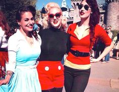 The ultimate guide to #Disneyland's unofficial dress-up days!!