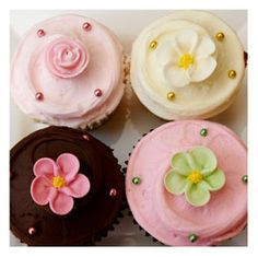 When it comes to desserts, I can never pass up a gourmet cupcake.  With this link, you can learn how to make your own!