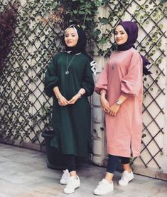 51 Super Ideas Fashion Winter Hijab Egypt scarf is an essential part within Hijab Style Dress, Hijab Look, Casual Hijab Outfit, Hijab Chic, Muslim Women Fashion, Modern Hijab Fashion, Modest Fashion, Trendy Fashion, Fashion Outfits