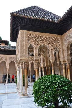 Alhambra, Spain Absolutely beautiful !