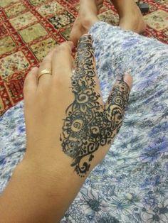Hena . Tatto