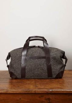 Small Holdall, Herdwyck No.10 Tweed and Leather - £375.00 - Lissom & Muster