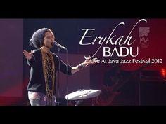 """Erykah Badu """"Apple Tree"""" Live at Java Jazz Festival 2012 http://www.youtube.com/watch?v=uZZqo3z9YYs"""