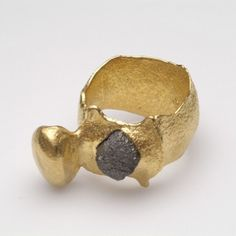 """Antiashanti"" ring by Johanna Dahm.  Gold, rough diamond."