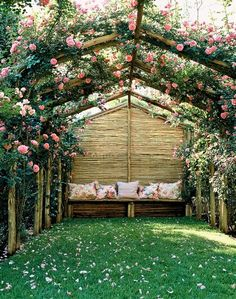 Outdoor Lounge #flowers #garden