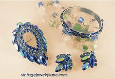 Designer vintage jewelry at vintagejewelrylane.com #SYLink