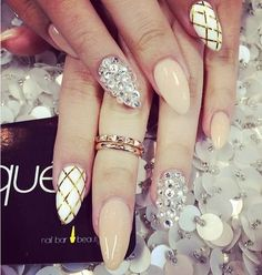 Impressive #Nails_art for #Christmas and New Year! #Nails #Beauty     Christmas is fast approaching and as always we women are now thinking about the festive look you have. That's why I can help with your nails with these great suggestions!