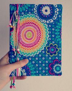 Cuaderno cosido - método de encuadernación  Cartoné.