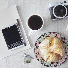 "#inst10 #ReGram @confidenceswe: Good morning #goodmorning #coffee #blackberry #blackberrypassport from @esefsardogan ...... #BlackBerryClubs #BlackBerryPhotos #BBer ....... #OldBlackBerry #NewBlackBerry ....... #BlackBerryMobile #BBMobile #BBMobileUS #BBMobileCA ....... #RIM #QWERTY #Keyboard .......  70% Off More BlackBerry: "" http://ift.tt/2otBzeO ""  .......  #Hashtag "" #BlackBerryClubs "" ......."
