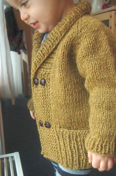 Storytime Scholar Cardigan PDF knitting pattern by frogginette, $5.00 Too cute. To Todler 4/5