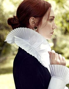Hello! Eleanor Tomlinson Daily is a blog dedicated to the very lovely, very talented, Eleanor...