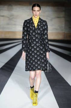 Matthew Williamson RTW Fall 2014 - Slideshow