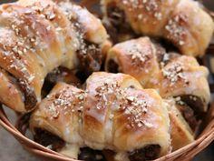 St Martin Crossaints / Rogale Świętomarcińskie Doughnut, Sausage, Meat, Cooking, Desserts, Recipes, Food, Kitchen, Tailgate Desserts