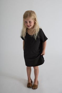 This oversized dress is made from the softest GOTS certified organic cotton jersey. It has a loose fit, wide neck, round bottom and pocket on the chest. Gray Label, Oversized Dress, Tee Dress, Organic Cotton, Baby, Loose Fit, Tees, T Shirt, Pocket