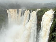 Jog Falls: one of the top ten UNESCO ecological hot spots in the world. Also called as Gerosoppa Falls, located near Sagara taluk in the state of Karnataka. Jog Falls is created by the Sharavathi River falling from a height of 253 m (830 ft), making it the second-highest plunge waterfall in India. The best time to visit? Undoubtedly right after the monsoons – July to October, when the falls are at its majestic best. #jogfalls #karnataka #southindiatours #boutindia #travel #indiatourpackages